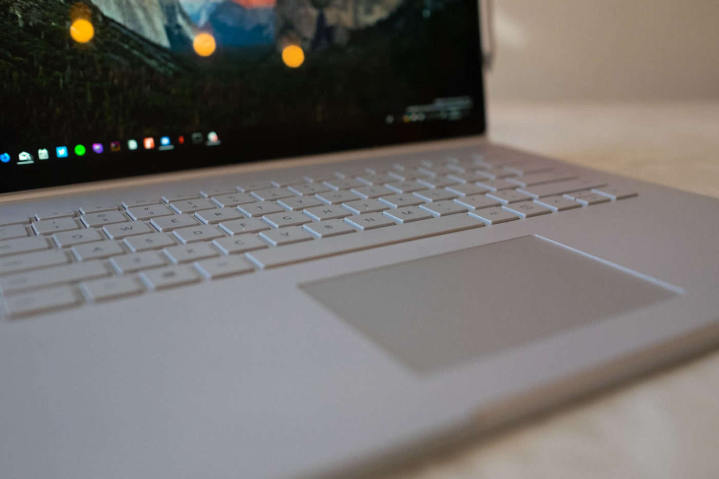Surface Book 2 vs Macbook Pro (2019 Review): Comparison