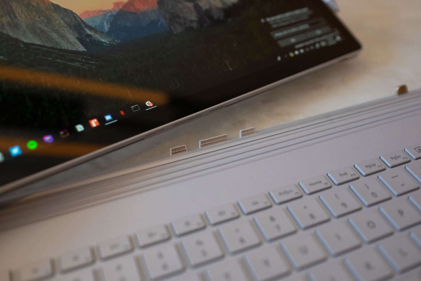Surface Book 2 vs Macbook Pro (2019 Review): Comparison, Prices & Why…
